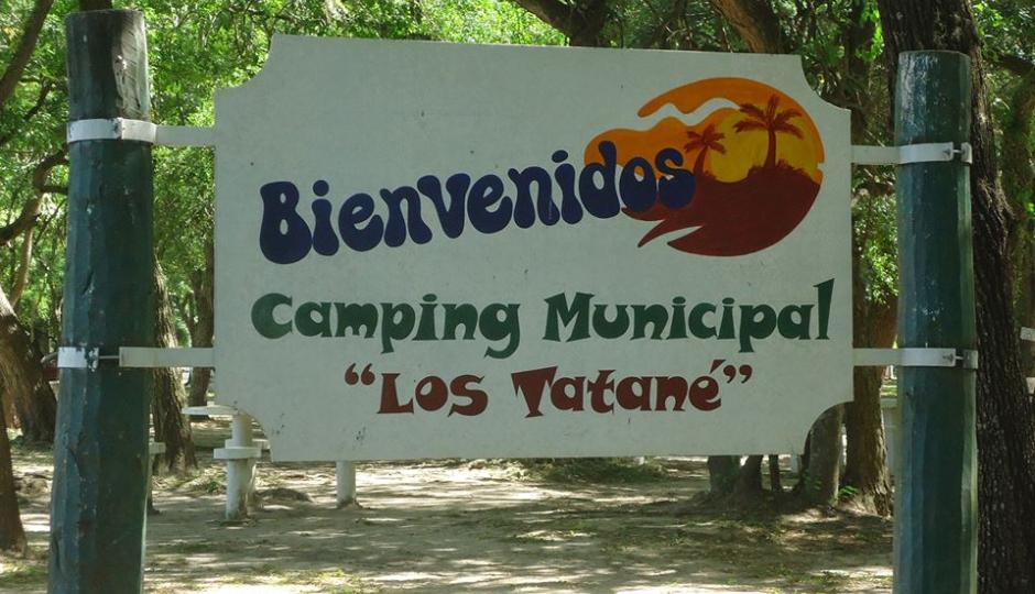 """Permanece cerrado el Camping Municipal """"Los Tatané"""" por la crecida del Arroyo del Rey."""