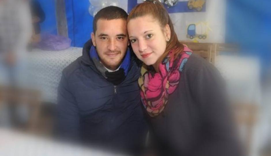 Murió una adolescente que era transportada por un joven en moto cuando chocaron contra un automóvil