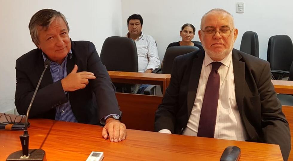 17122018 Fiscal Martinez abogado Oscar Vazquez y detras los padres de Alexis Vázquez.jpg