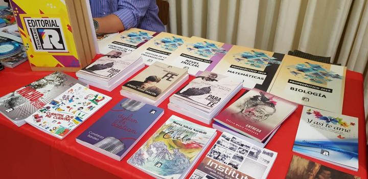 feria del libro de avellaneda 2019 editorial reconquista.jpg