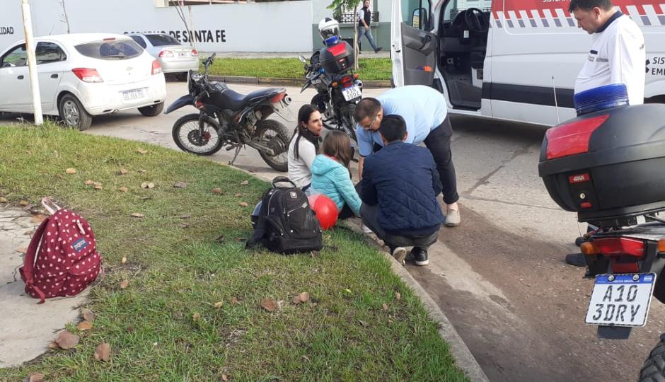 Choque en Iturraspe y Chacabuco. Los protagonistas, una docente y un papá con su hija.