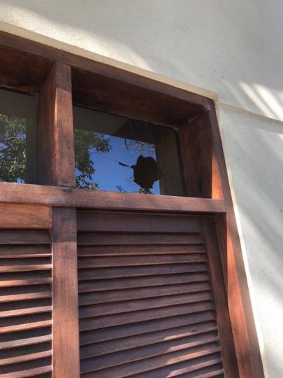 08112019 vandalismo casa de familia Buyatti B.jpg