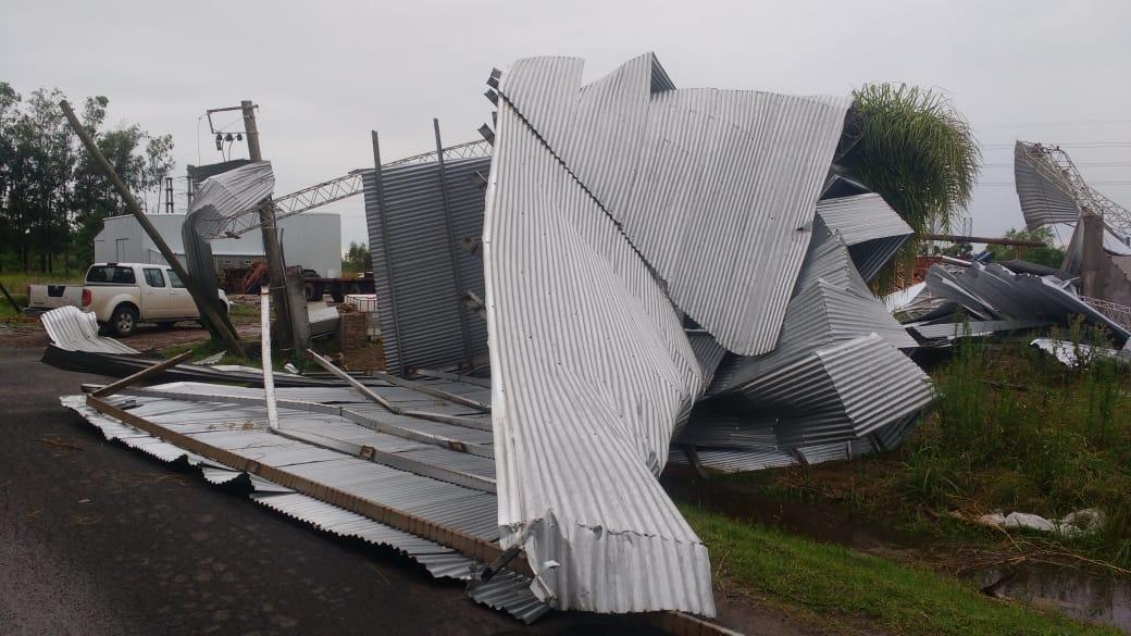 15122019 temporal destrozos parque industrial Avellaneda F.jpeg