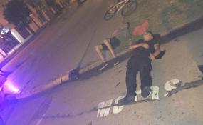 Conducía alcoholizado y chocó a un policía motorizado al que encima le provocó una lesión grave.