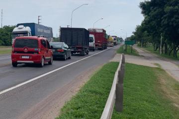 26022020 Corte de ruta 11 protesta trabajadores desocupados del ingenio azucarero las toscas B.jpeg