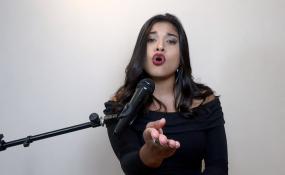 """""""Alguna vez"""" en la interpretación de Ainara Sandoval, su nueva grabación que podés disfrutar aquí."""