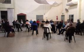 Sigue la polémica por el proyecto de loteo de la pista de atletismo, nueva reunión en la Vecinal Moreno, opinó el presidente de la Federación de Vecinales, una concejal y la carta del concejal Gallo.