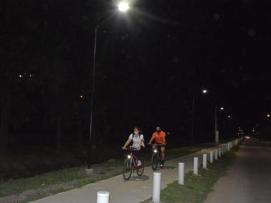 Iluminación bicisenda Av.circunvalación