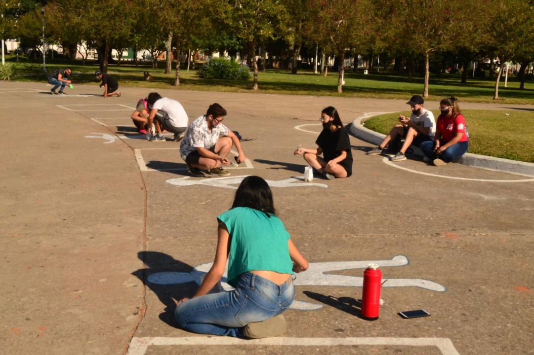 Norte Amplio por los Derechos Humanos pintadas en plaza 25 de mayo Marzo 2021 D.jpg