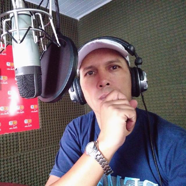 Antonio Pared FM Villa Ocampo.jfif
