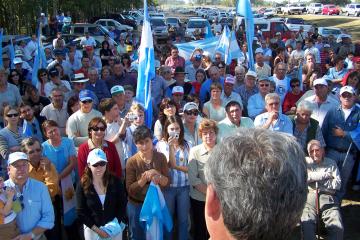 Bussi protesta del campo en Las Amintas retenciones Eduardo Bussi