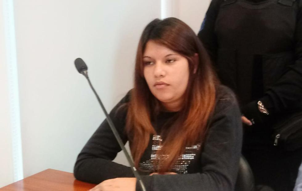Comenzó el juicio para quien mató a puñaladas a una adolescente en Romang.