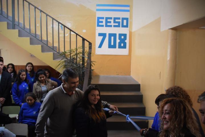 escuela 708.jpg