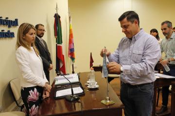 Concejal Hugo Morzan y Natalia Capparelli.JPG