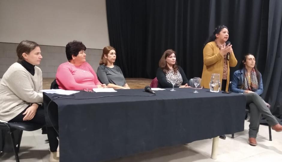 El Gobierno de Reconquista llevó a cabo una Mesa Interdisciplinaria para abordar la problemática de los suicidios.