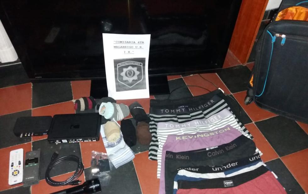La policía recuperó los elementos que le habían robado a un vecino de la ciudad de Malabrigo. Quienes fueron los autores del hecho.