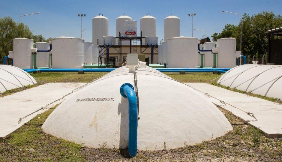 Se realizan trabajos en la cañería del acueducto en Avellaneda, que consecuencias pueden traer y que sectores pueden verse comprometidos.