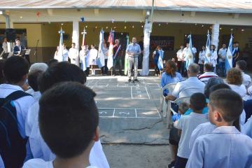 Acto inicio de clases en Avellaneda.