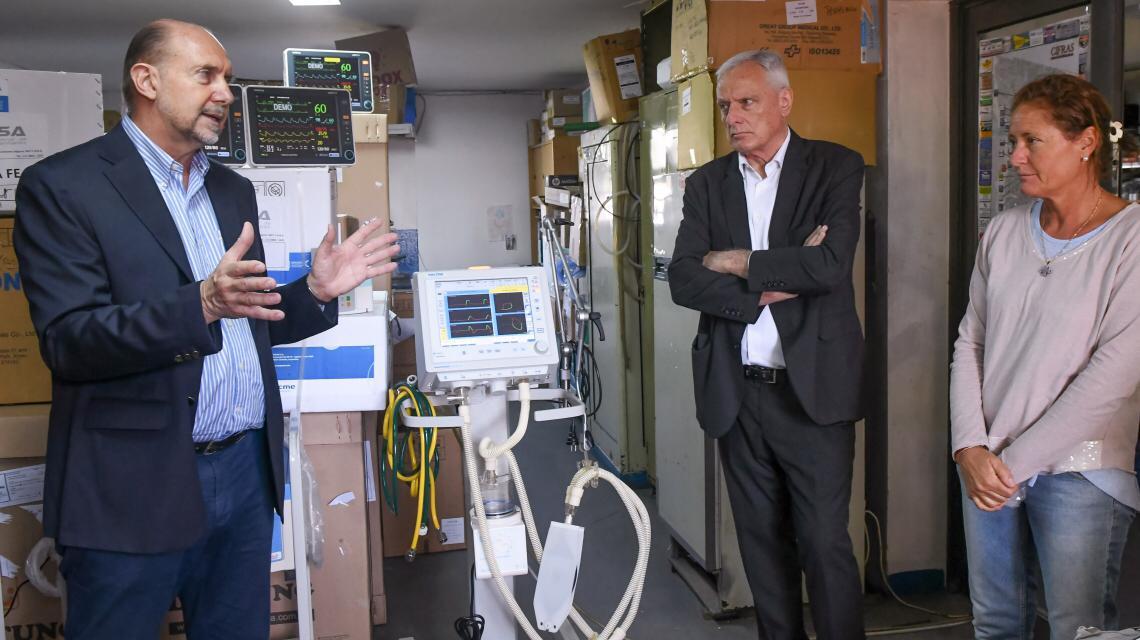 perotti y el ministro de salud.jpg
