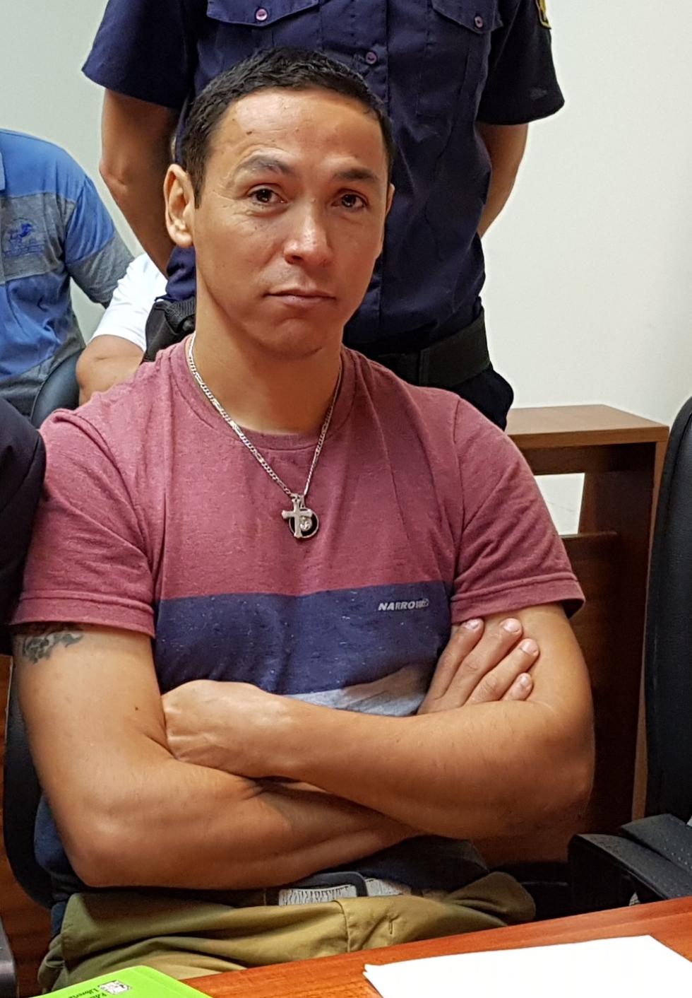 Juan Valdez en tribunales mirando la cámara de ReconquistaHOY.jpg