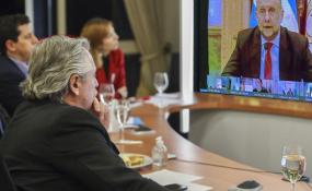 """Perotti resaltó la continuidad del Ingreso Familiar de Emergencia para """"paliar la difícil situación que atraviesan muchas familias""""."""