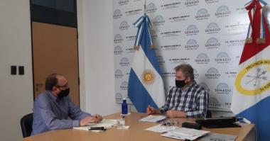 El senador nacional  Roberto Mirabella y Fabio Sánchez.