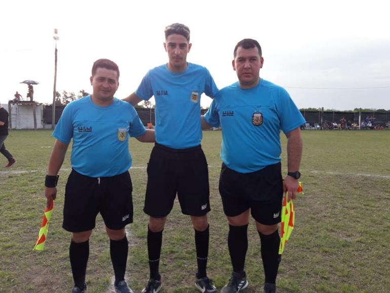 Terna arbitral liga reconquistense de fútbol 2021.jpg