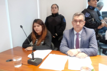 Damaris Zacarías y su abogado Raúl Elías