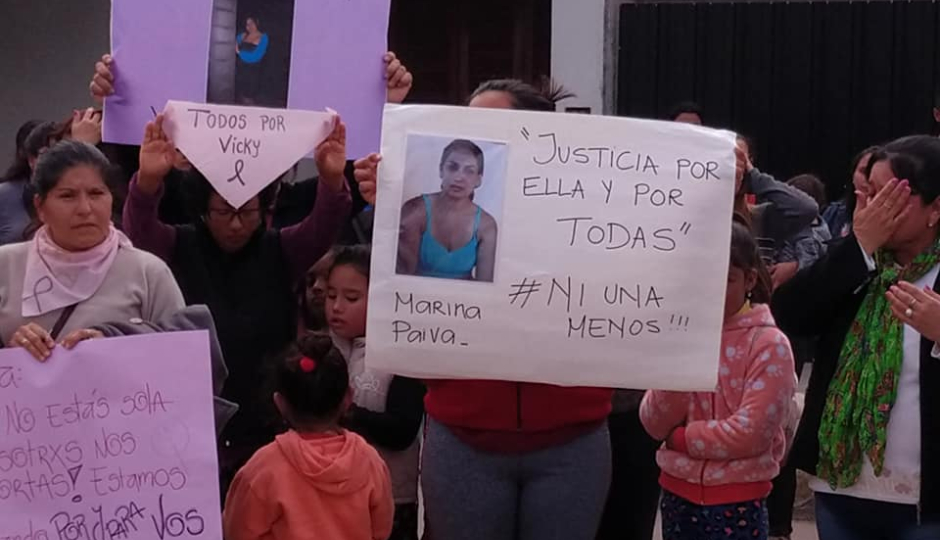Ni Una Menos: Tras la imputación a su asesino, Calchaquí marchó en pedido de justicia por la joven madre Vicky Caro. Imágenes.