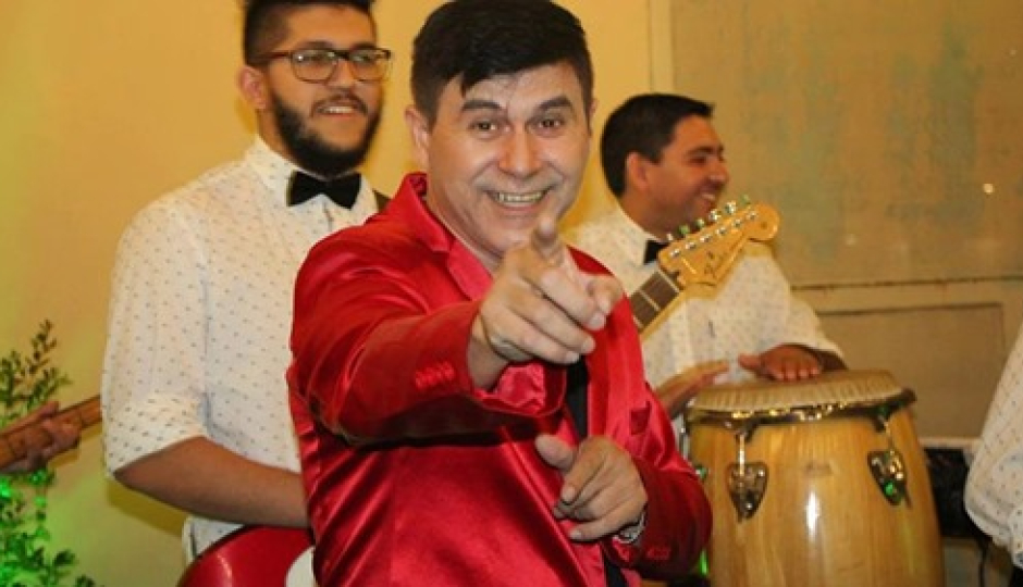"""Con el show de Sergio Petrolli y Liani Blanco entre otros, este domingo """"Mi barrio tiene Música"""" llega a Barrio Pucará y es solidario. Todos invitados."""
