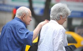 El gobierno provincial confirmó que los jubilados y pensionados del tercer, cuarto y quinto turno podrán realizar adelanto de haberes.