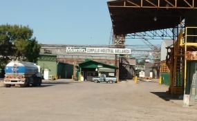 Disidencia dentro del PJ de Avellaneda por la situación de la empresa Vicentin. Uno sector quiere la expropiación por parte del estado y otro sector manifestó su desacuerdo. Aquí los dos comunicados.