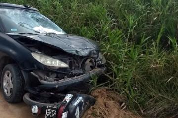 16022020 Peugeot 206 de SUSANA FARÍAS alcoholemia positiva chocó en el puerto deportivo a una moto y voló una bebé pp.jpg