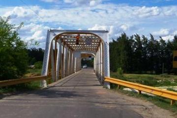 puente sobre el rey en camino heroes de malvinas.jpg copy