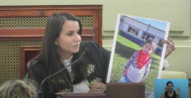 Marlén Espíndola con foto de Valentina Ramúa.jpeg