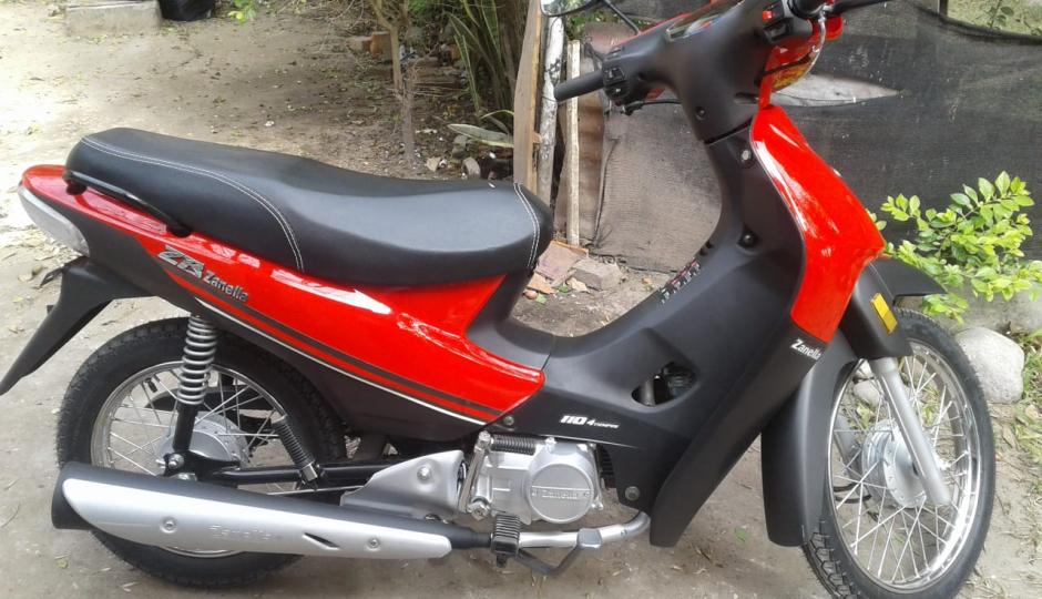 Le robaron la moto el domingo, tiene tan solo seis meses de uso, podemos ayudar a recuperarla