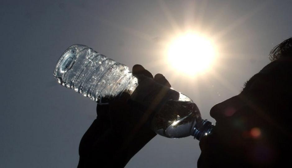 El ministerio de salud brindó recomendaciones para evitar golpes de calor. Ante las altas temperaturas, la cartera sanitaria pide extremar los cuidados.