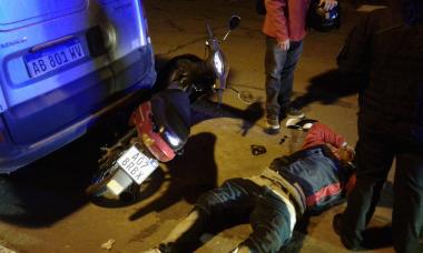09092018 chocó en moto contra camioneta estacionada.jpg
