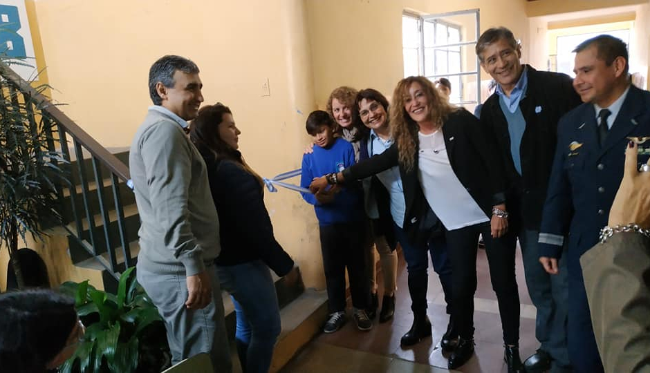 Reconquista tiene oficialmente una nueva Escuela Secundaria Orientada. La E.S.O. N° 708 .