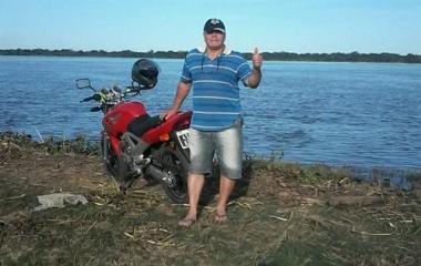 lucio cipre moto (Custom).jpg