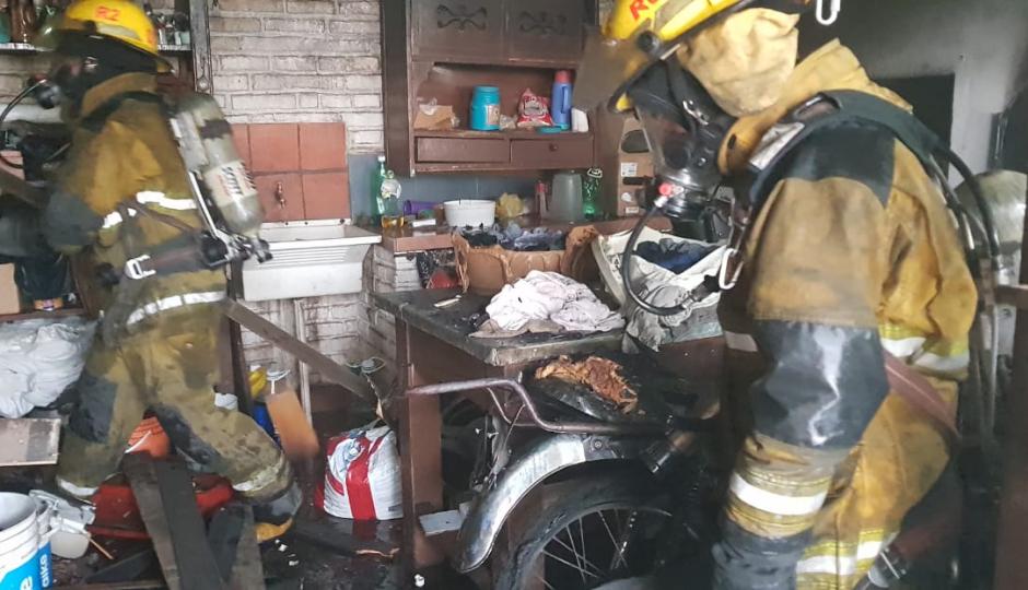 Incendio en una vivienda de calle Moreno.