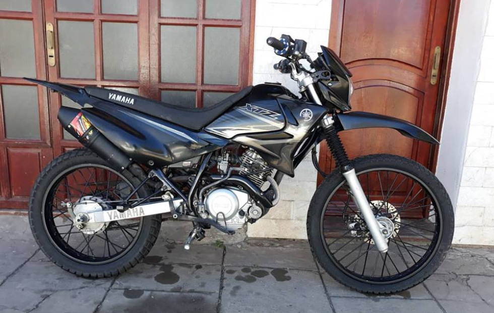 Pide ayuda para recuperar su moto, la que aquí vemos.