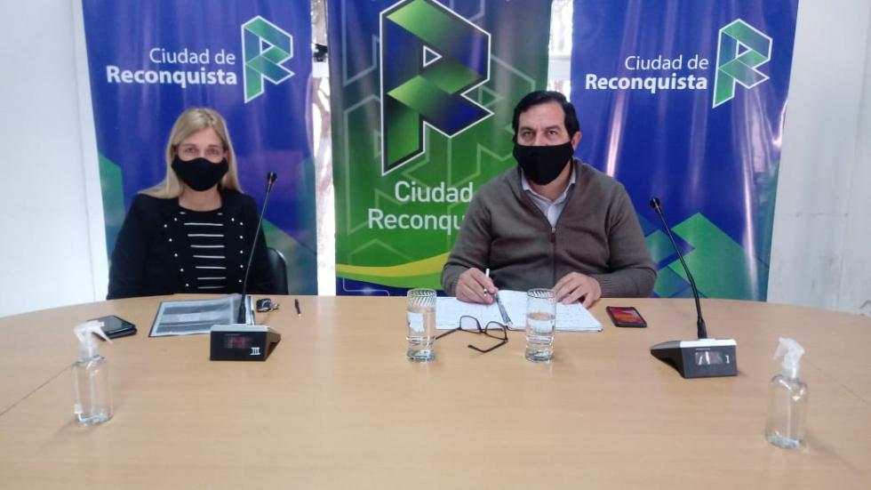 Dra. Leira Mansur y el Intendente Amadeo Vallejos.
