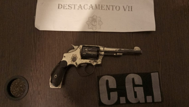 Revolver Smith & Wesson Hugo Chamorro