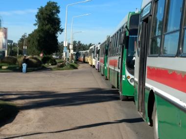 paro nacional 30 abril 2019 colectiveros ómnibus transporte urbano.jpg