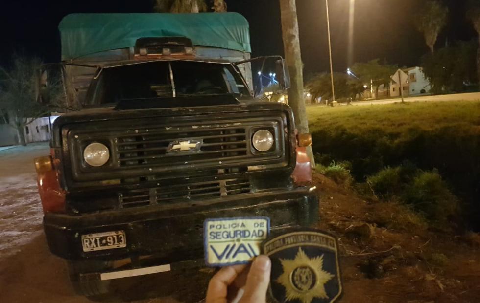 Secuestraron un camión con acoplado por presunta Falsificación de documento Público.
