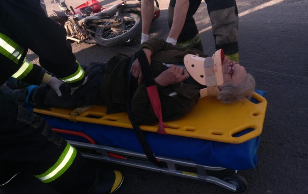 Choque en Florencia, un motociclista trasladado al hospital de Reconquista.