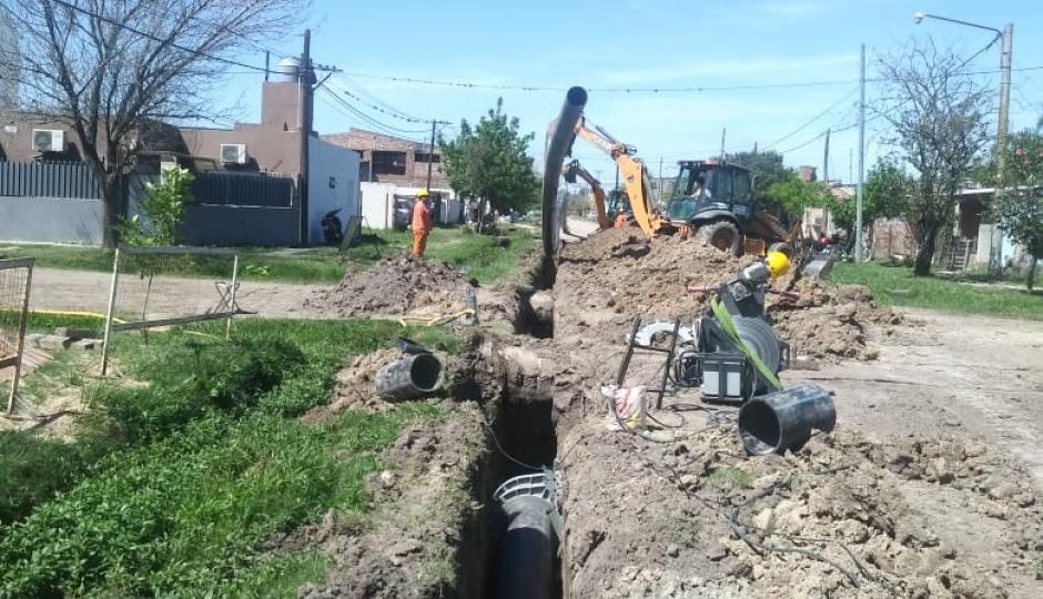 Informaron que por trabajos del nuevo acueducto se verá afectada la normal circulación en calles y accesos a viviendas en Reconquista. Mejor es saber!.