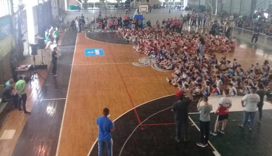 Todos los resultados deportivos del fin de semana en Reconquista. Hubo Fútbol Femenino, 7K Cross Aventura, Fútbol Senior y Encuentro Nacional de Minibásquet en Platense.
