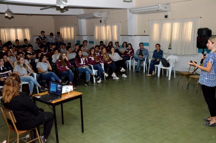 JORNADA DE CONCIENTIZACIÓN VIAL EN EL COLEGIO SAN JOSÉ (2).jpeg